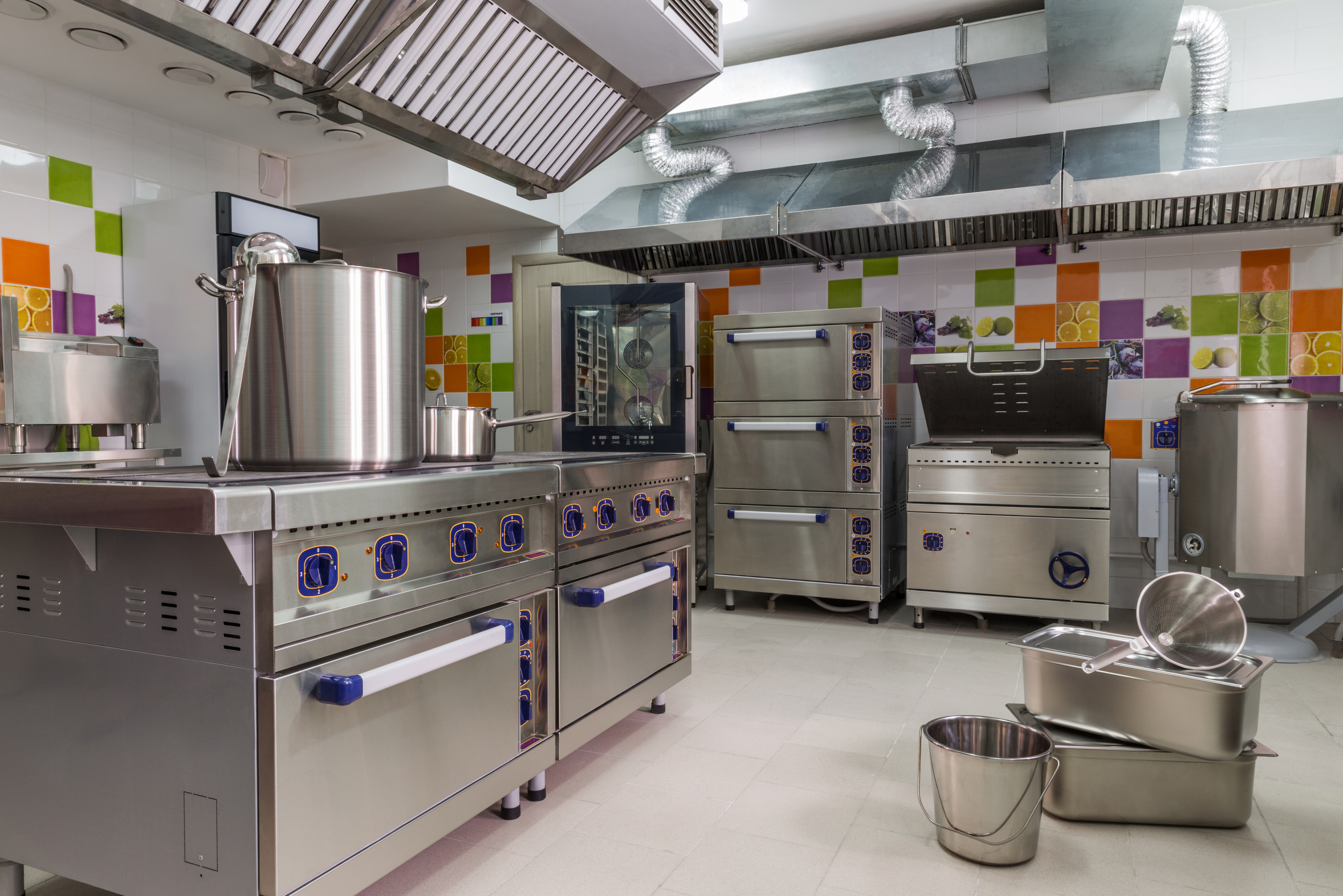 Why hiring experts to clean your catering company is important for Kitchen equipment and their uses