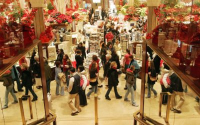 Why is Retail Cleaning Important During the Christmas Season?
